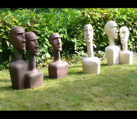 Sculpture Groupe Introspection dans le jardin
